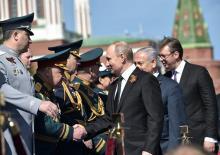 Вучић на Паради победе у Москви, одмах поред Путина и Нетањахуа